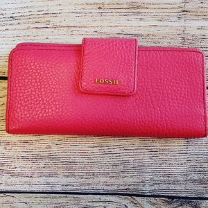 Fossil Leather Hot Pink and Gold Wallet NWOT